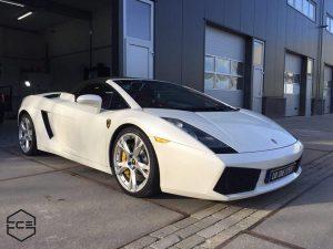 Lamborghini poetsen